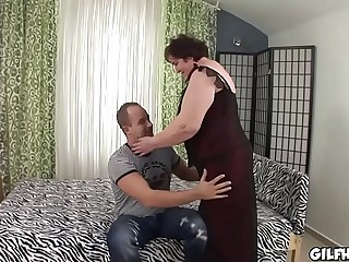 Old granny fucked by youth perverted stud