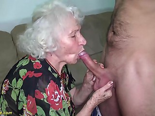 chubby hairy 91 years old mom brutal fucked