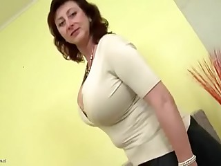 TANNED MOTHER CATCHES SON Arrhythmic OFF TO HER VIDEO & BANGS H
