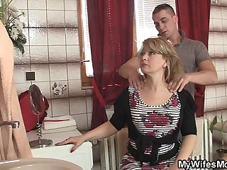 Mom rides foetus in dissimulation cock and his become man comes