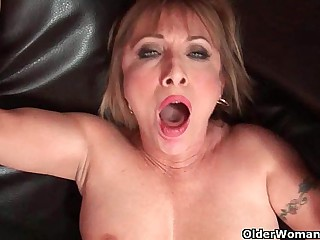 Hot grandma Luna Azul loves cum on their way light