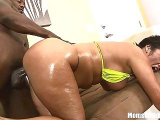 Fat Ass MILF Vannah Sterling Riding And Fucking A BBC