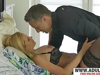 Hawt firsthand mom lili peterson seduces nice hotheaded dad's henchman